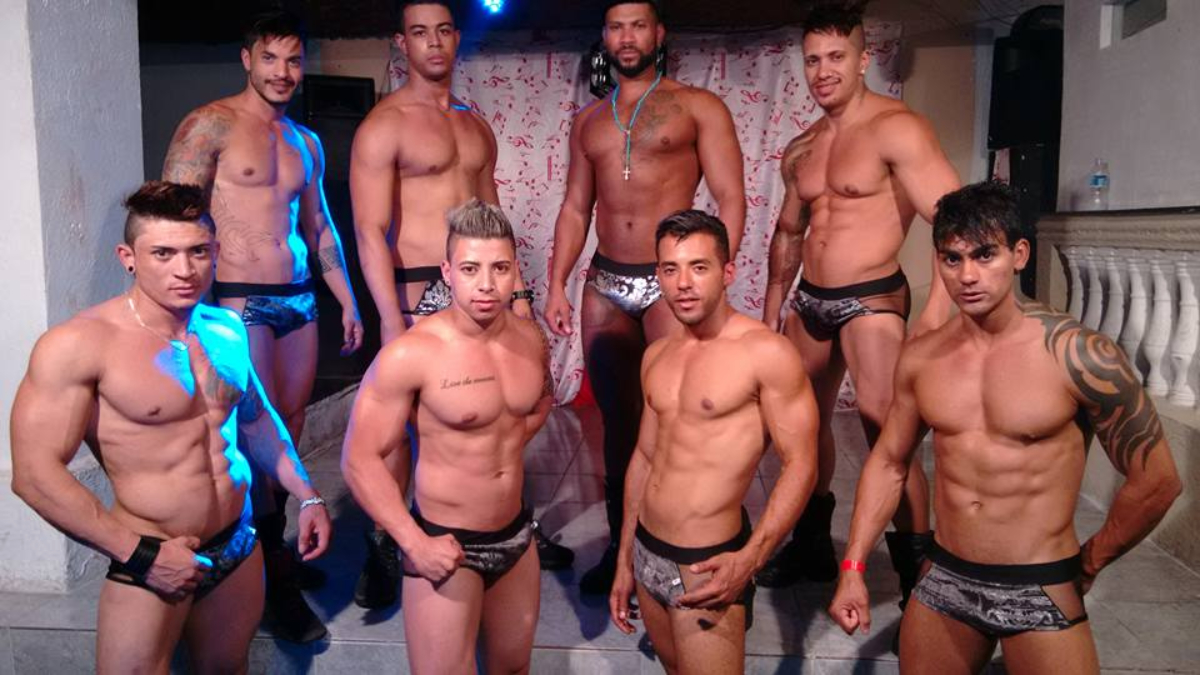 club gay male strip