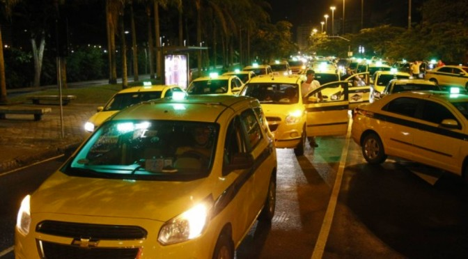 Gay Couple Ejected By Homophobic Driver in Rio